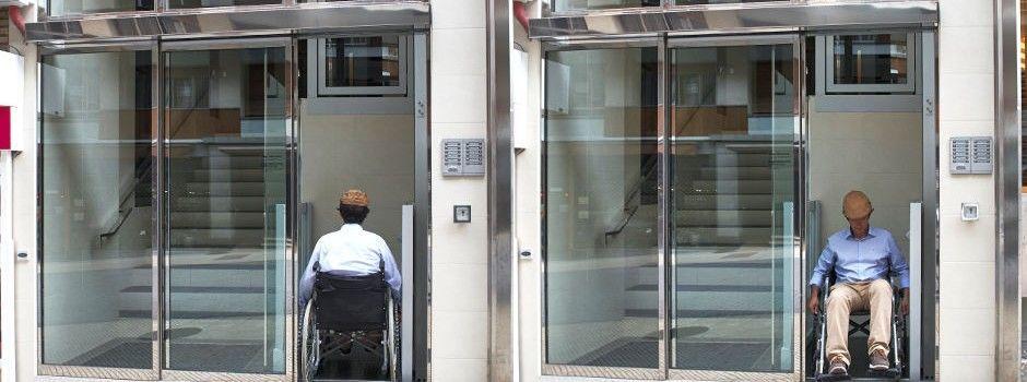 Puertas entrada edificios manusa comunidades - Puertas automaticas en murcia ...